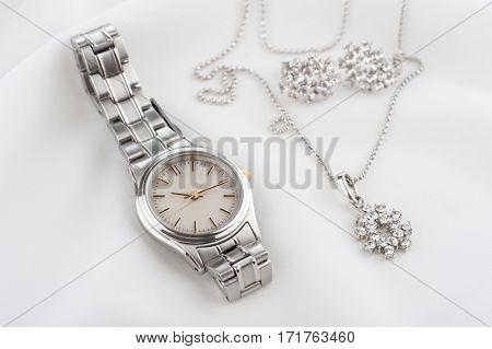 Luxury Woman Wristwatch
