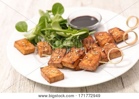 fried tofu with soy sauce