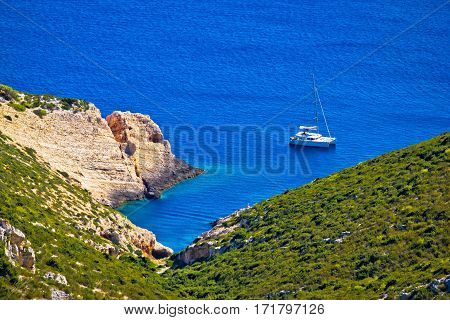 Hidden Bay On Vis Island Sailing Destination