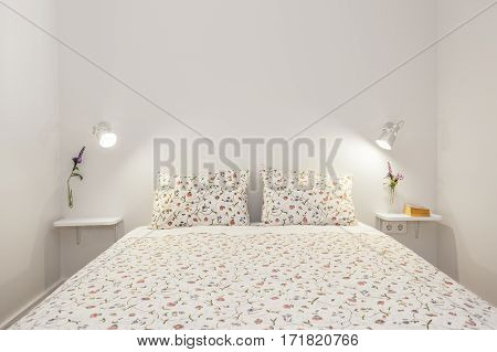 Bright and Fresh Bedroom Suite with flower pattern sheets