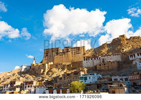 Leh Palace Hill Front View Houses H