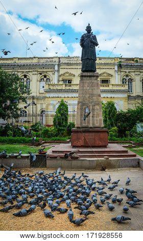 Mahatma Gahdhi Statue In Delhi, India