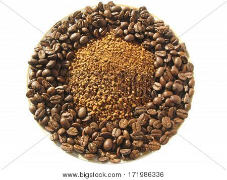 coffee in grains and threshed on the plate