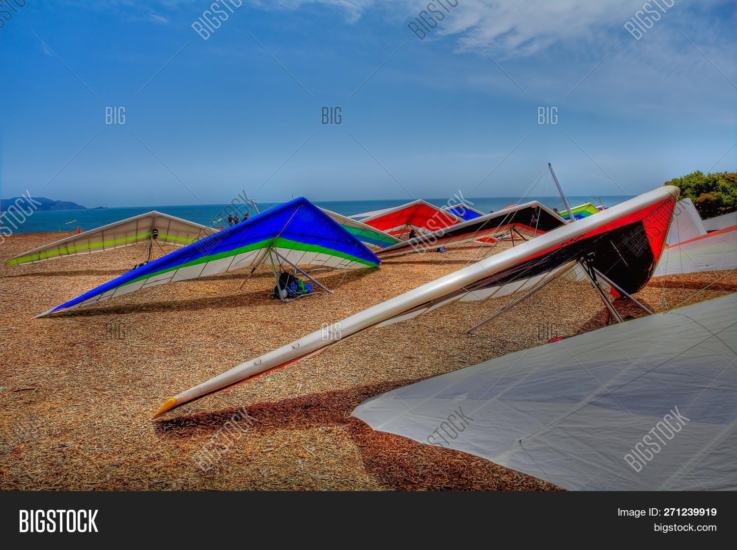 Colorful Hang Gliding Image & Photo (Free Trial) | Bigstock