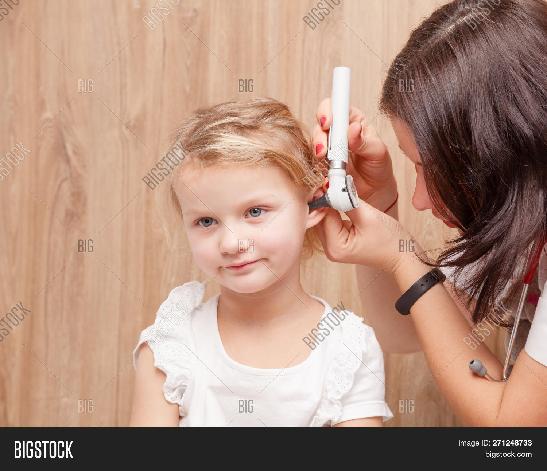 Female Pediatrician Image & Photo (Free Trial) | Bigstock