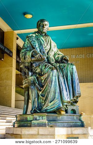 Rotterdam / The Netherlands - Sept. 26, 2018: Bronze Statue Of Historic Statesman Gijsbert Karel Gra