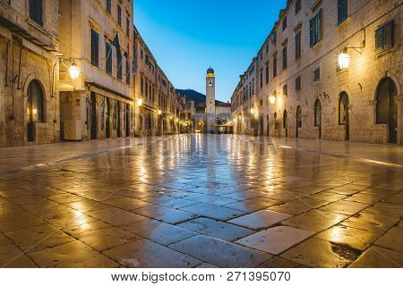 Classic Panoramic View Of Famous Stradun, The Main Street Of The Old Town Of Dubrovnik, In Beautiful
