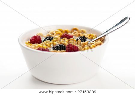 Cereals Blackberries Raspberries And Milk In A Bowl 01
