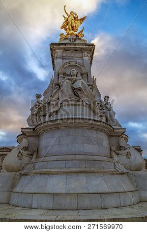 London, Uk - November 29, 2017: Detail Of Nike,goddess Of Victory.statue On The Victoria Monument Me