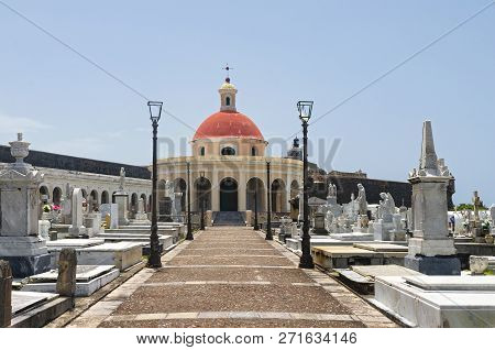 Walkway Leading To Chapel And Past Gravesites In Landmark Cemetery Santa Maria Magdalena De Pazzis I