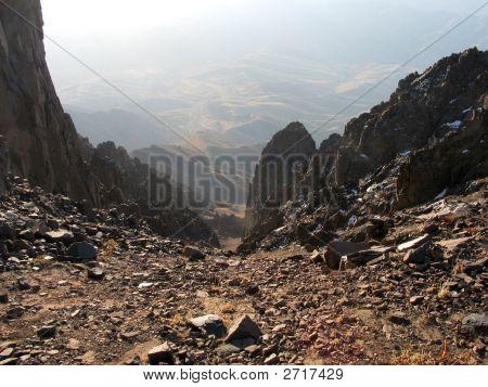 Zwischen Felsen