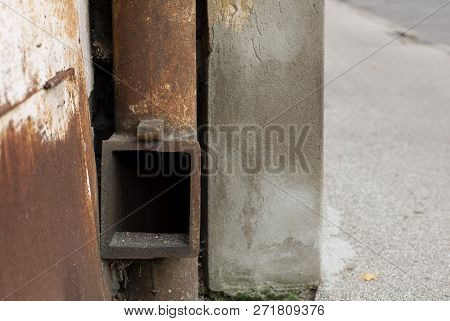 An Old Aged Vintage Rusty Drainpipe Background