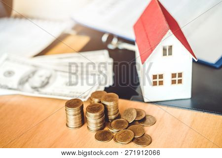 Save Money For Home Cost Insurance Home Concept
