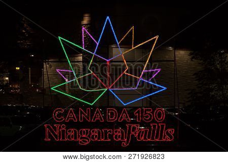 Niagra Fall, Ontario, Sept  2017 - Horizontal Of A Lighted Display Celebrating Canada 150 In Niagara