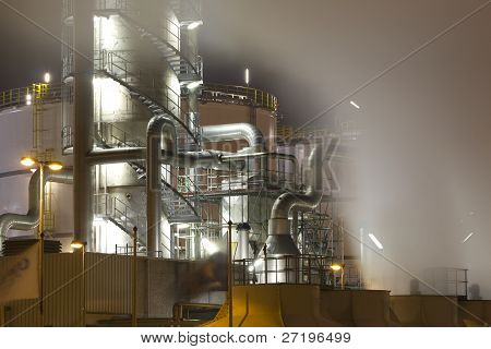 Oil-refinery plant