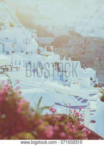Traditional White Cave House On Santorini Island . Santorini, Cyclades, Greece. Amazing Sunset View