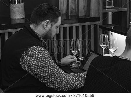 Sommelier, Cavist. Training In School Sommelier. Wine School. Wine Tasting.