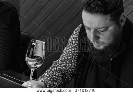 Sommelier, Cavist. Training In School Sommelier. Wine School. Wine Tasting. Tinted.