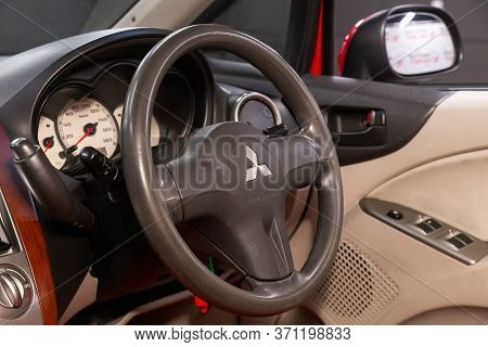 Novosibirsk/ Russia - June 03, 2020: Mitsubishi Colt, Salon Of A New Stylish Car. Auto Interior: Das