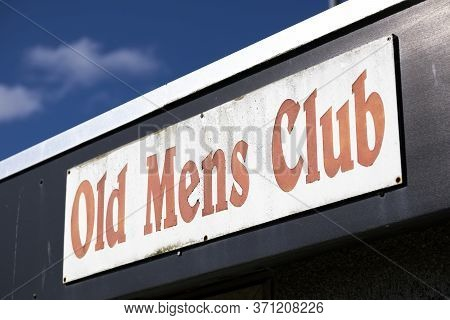 Traditional Old Mens Gentlemen Club Building And Sign In England