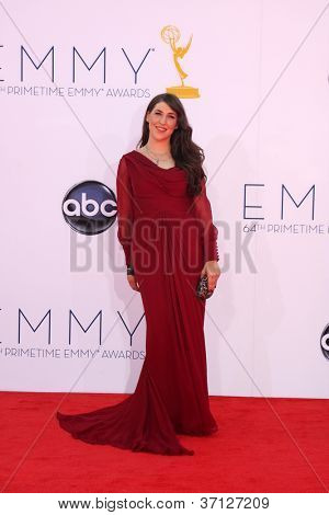 LOS ANGELES - SEP 23:  Mayim Bialik arrives at the 2012 Emmy Awards at Nokia Theater on September 23, 2012 in Los Angeles, CA