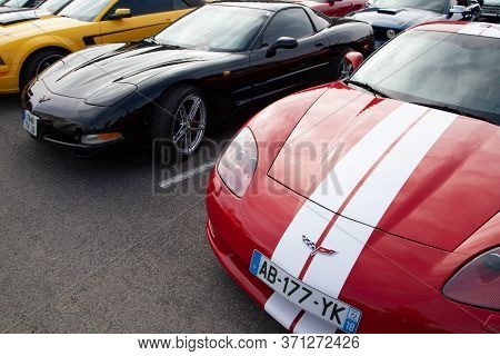 Bordeaux , Aquitaine / France - 06 10 2020 : Chevrolet Corvette Red American Sportscar Parked In Dea