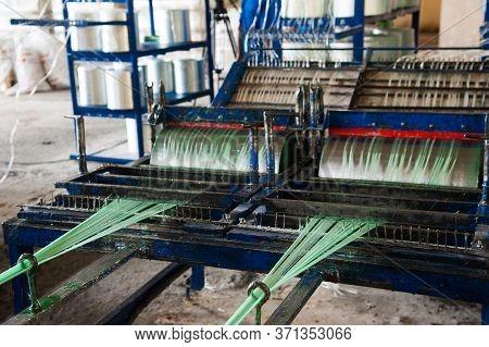 Producing Fiberglass Rods - Manufacture Of Composite Reinforcement