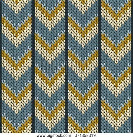 Woolen Downward Arrow Lines Knit Texture Geometric Vector Seamless. Plaid Knitwear Fabric Print. Fas