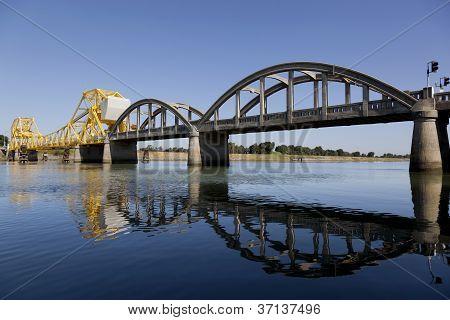 Rural Raising Cantilever Bridge