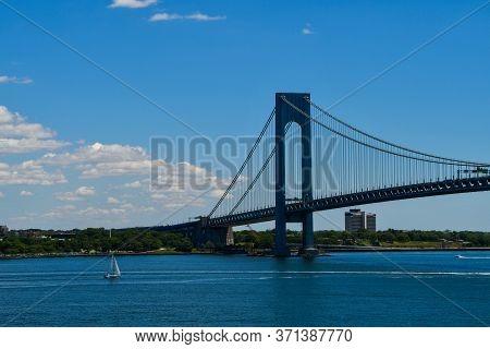 Verrazzano Narrows Bridge, Connecting Brooklyn To Staten Island In New York City