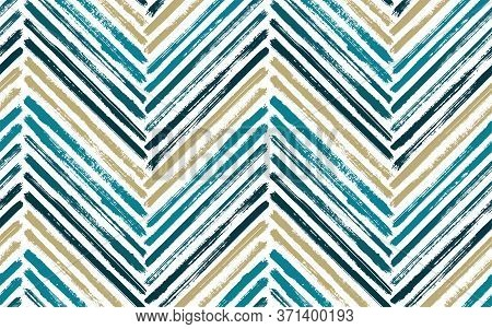 Sketchy Zigzag Fashion Print Vector Seamless Pattern. Paint Brush Stroke Geometric Stripes. Hand Dra