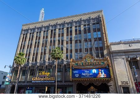 Los Angeles, Hollywood, Usa- 10 June 2015: Disneyland Star Building At Hollywood Boulevard, Studio S