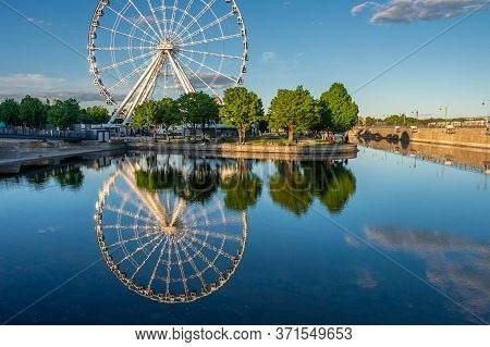 Montreal, Canada - 14 June 2020: The Montreal Observation Wheel (grande Roue De Montreal) In The Old