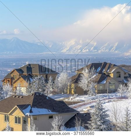 Square Frame Homes On Magnificent Wasatch Mountain Setting With Panoramic View Of The Valley