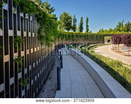 Galitsky Park, Krasnodar, Russia-07.06.2020:hedge And Architectural Structure In The Park