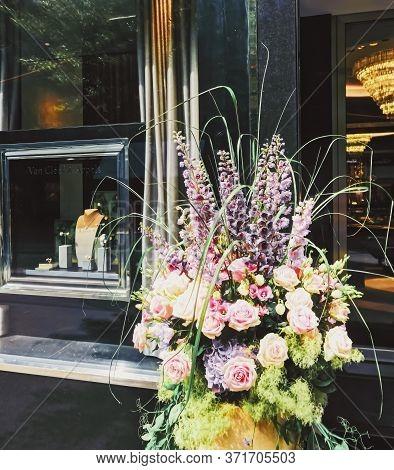 Zurich, Switzerland Circa September, 2019: Luxury Boutique Store On Bahnhofstrasse In Zurich, Switze