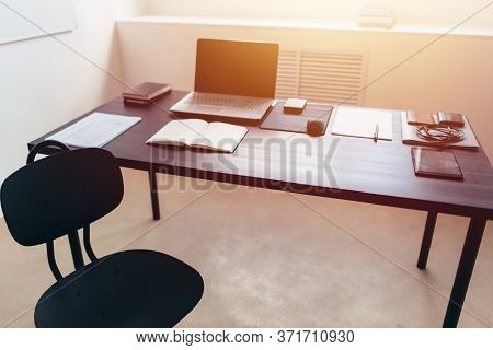 Vacant Position, Unoccupied Workplace Office Work Space