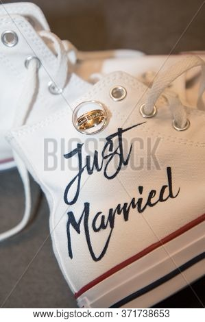 Bordeaux , Aquitaine / France - 01 15 2020 : Bride Just Married White Sneakers Converse All Star Chu