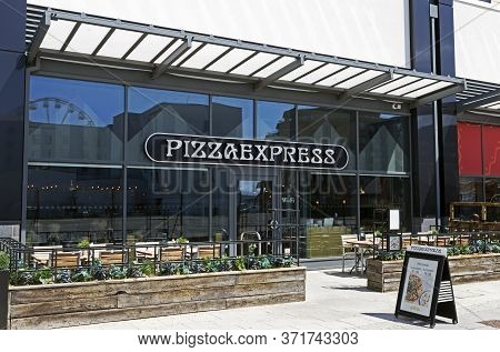 Weston-super-mare, Uk - July 11, 2019: Pizza Express Restaurant At Dolphin Square