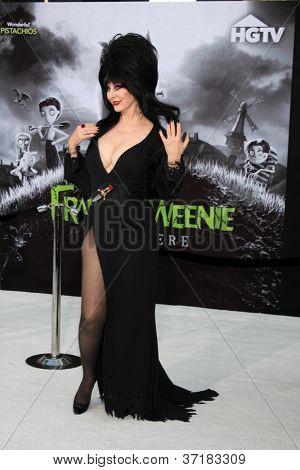 LOS ANGELES - SEP 24:  Cassandra Peterson as Elvira arrives at the