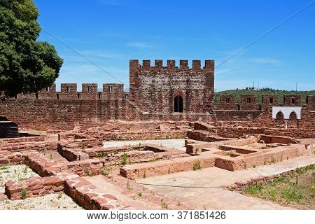 View Of The Medieval Ruins Inside The Castle With The Battlements And One Of The Towers To The Rear,