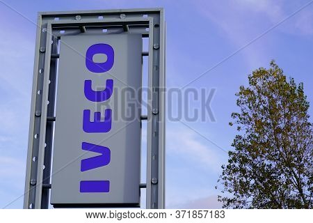 Bordeaux , Aquitaine / France - 11 30 2019 : Iveco Logo Truck Store Pole Professional Dealership Sig