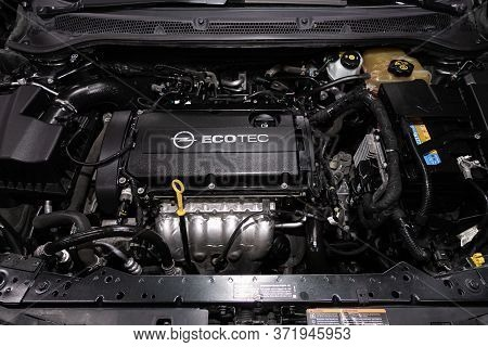 Novosibirsk/ Russia - April  11 2020: Opel Astra,close Up Detail Of  Car Engine, Front View. Interna