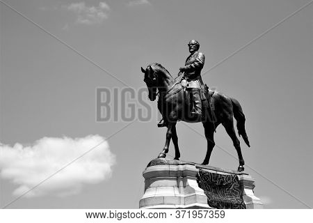 Black Lives Matter Protest At Robert E. Lee Statue In Richmond, Virginia June 12,2020 Usa.