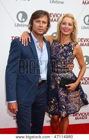 LOS ANGELES - JUN 17:  Grant Shaw, Katherine LaNasa arrives at the