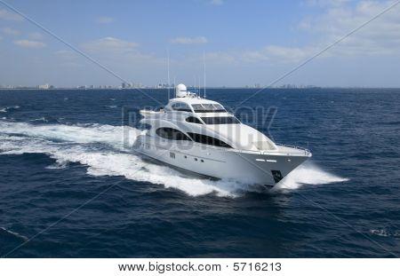 Luxury yacht with horizon line