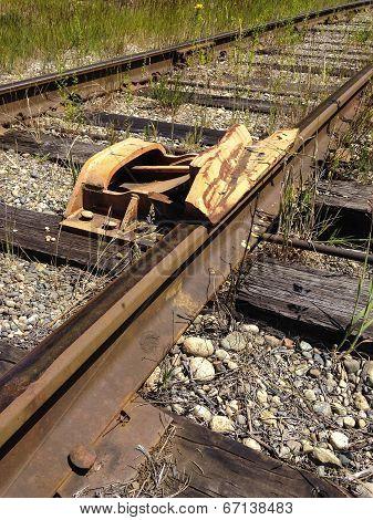 Railroad Car Derailer Safety Device 1