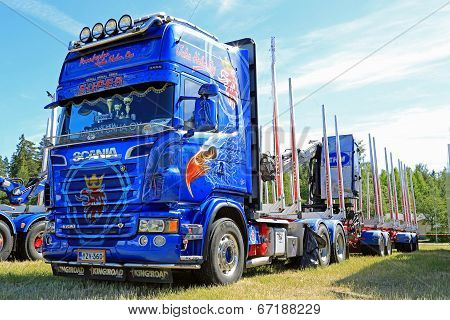 Blue Scania R620 V8 Timber Truck