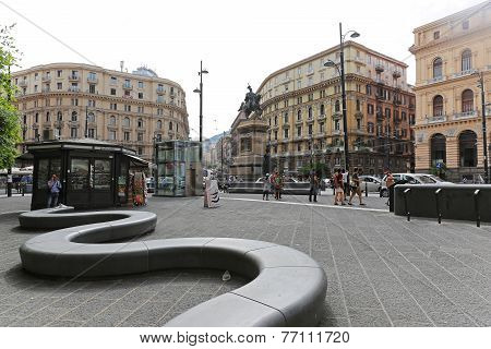 Piazza Giovanni Bovio Napoli