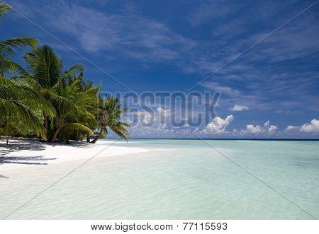 Beach paradise in Maldives, Kuramathi island